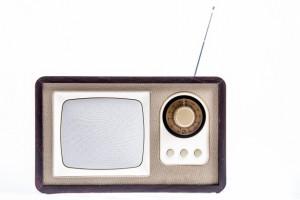 stylish-vintage-portable-radio